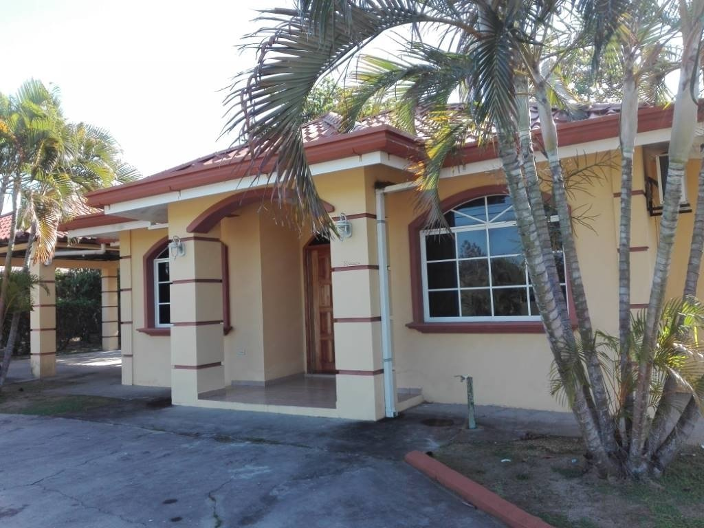 Gorgeous Beach House For Sale At
